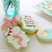 Cookies and Cookie House Decorating
